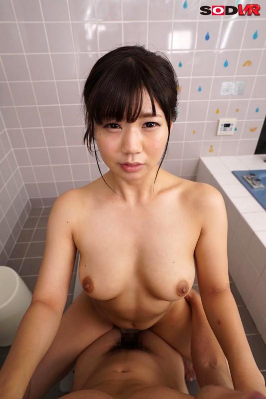 【VR】密着風呂VR お風呂で体を洗っていたら勝手に妹が入ってきた!10年ぶりの兄妹風呂!?知らない間に爆乳化していたムチムチボディにフル勃起しちゃって… の画像4