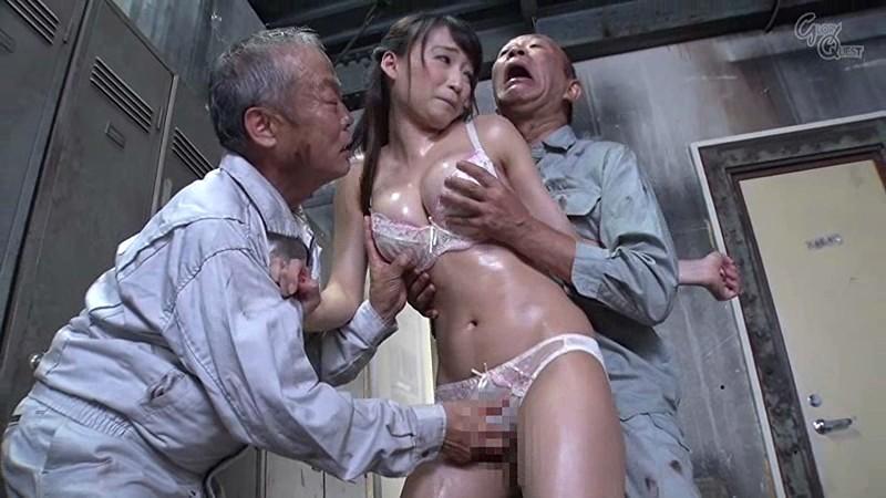 老働者に輪姦され性奴隷と化す巨乳未亡人 蓮実クレア の画像14