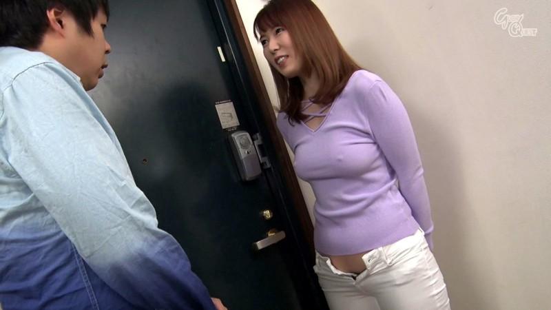 ノーブラノーパンで挑発してくるスケベ奥さんが隣に引っ越してきた! 波多野結衣 の画像17