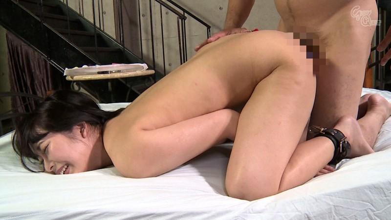 ドM女が初アナルで無垢な尻穴をとことん開拓される尻穴ドキュメント!戸惑い緊張気味だった表情が…いきなりの2穴性交で悶絶絶頂して変態アナル女へと豹変する! 片平ゆりな の画像14