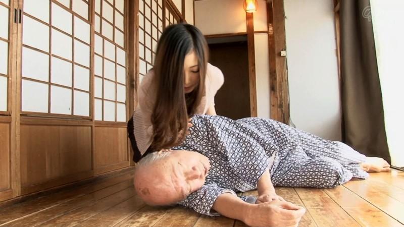 禁断介護 阿部栞菜 の画像19