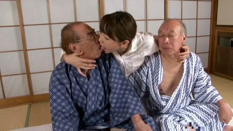 禁断介護 ~老人臭に欲情するむっつりドスケベ嫁~ 桐原あずさ の画像8
