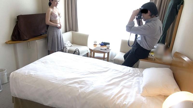熟女妻面接ハメ撮り[九] の画像20