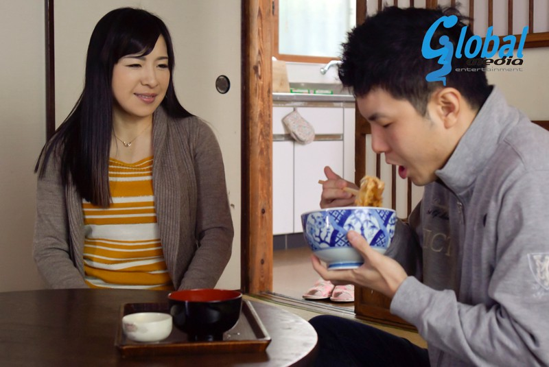 http://pics.dmm.co.jp/digital/video/143nmo00007/143nmo00007jp-1.jpg