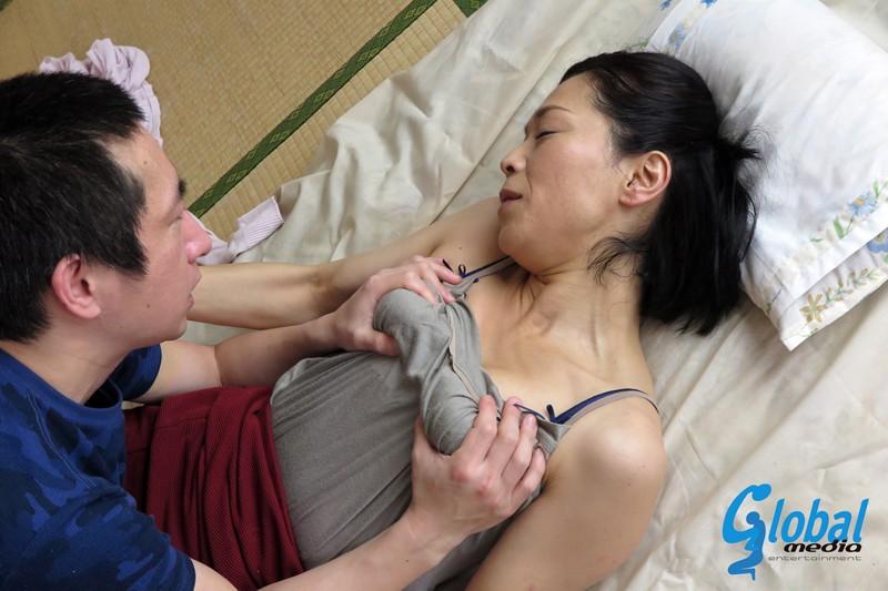続・異常性交 五十路母と子其ノ弐拾参 海宮みさき の画像6