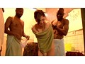 黒人ヤリ捨て野外ナンパ 巨大マラが美女捨て温泉で新人研修 10