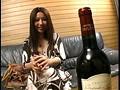 ワインを飲むと淫乱の血が騒ぐ美熟妻・咲子40歳 1