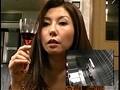 ワインを飲むと淫乱の血が騒ぐ美熟妻・咲子40歳 8