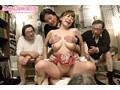 口臭・体臭・加齢臭 激悪臭じじい達に揉み舐め犯された美巨乳なエロボディ妻11人 1