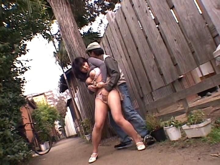 路地裏人妻中出し 櫻花 の画像3