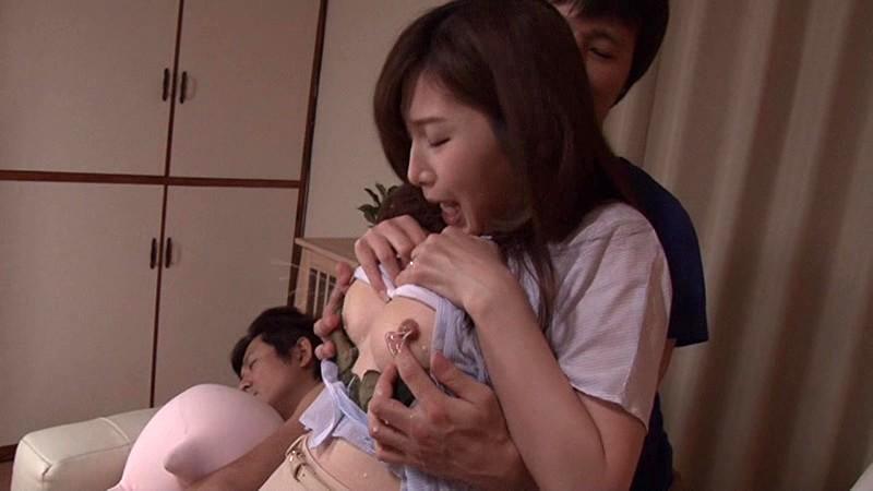 母乳まみれで犯されて… 佐々木あき の画像3
