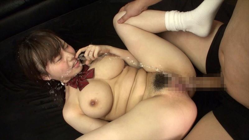 【DMM動画】-『激カワ巨乳女子●生のえげつないハメ潮SEX 相沢夏帆』 画像20枚