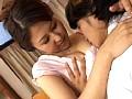 息子に揉まれてみた母 菊川麻里 18