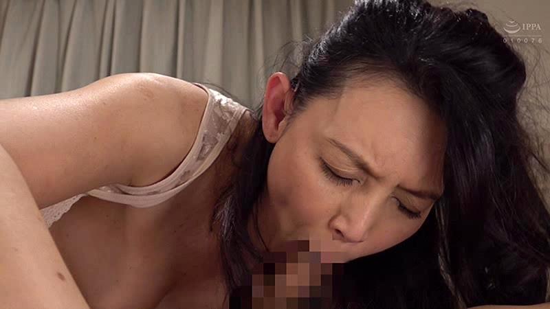 家政婦の下着が補正下着だった件で 烏丸まどか の画像5