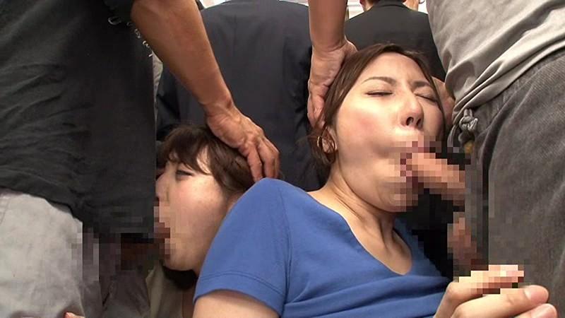 巨乳揉みしだき痴漢 満員電車で身動きのできない巨乳娘のデカパイを吐息が漏れるまで揉みしだけ!! の画像5