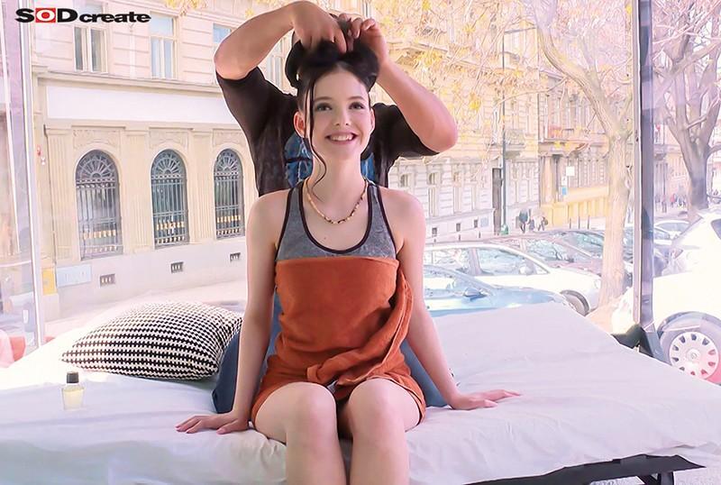 マジックミラー号inヨーロッパ 撮影日数182日にも及ぶ長期海外ロケでナンパした254人から日本人好みの可愛くてうぶな欧州本物素人娘を厳選 の画像15