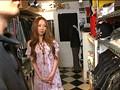 ウブな女子店員にドッキリ企画 ハレンチ試着室 11 8