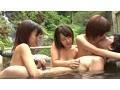 [CUBE-004] ひと夏の思い出!最愛の彼女とカップル温泉旅行のはずが…夢のような日焼け3姉妹ハーレム温泉旅行!?