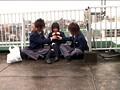 「○校教師だから撮れた!ラブラブ女子校生の校内イチャつき手コキをのぞく」 16