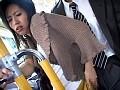 「路線バスで美淑女の尻に勃起チ○ポを擦りつけたらヤられるか?FINAL ~発情しすぎてディープスロートした美熟女たち~」 サンプル画像0