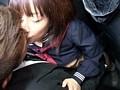 「キスまで3cm 田舎のガラ空き路線バスを満員にして純真無垢な女子学生に密着したらヤれるか?」 サンプル画像6
