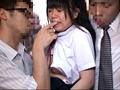 「挿入したら痛いほど締めつけてくる10代のキツマンは要注意!女子○学生通学バスに乗り込んで股間と股間を擦りつけたらヤれるか?」 VOL.1 15