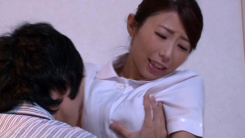 「『おばさんで本当にいいの?』若くて硬い勃起角度150度の少年チ○ポに抱きつかれた看護師はヤられても本当は嫌じゃない」VOL.2 の画像8