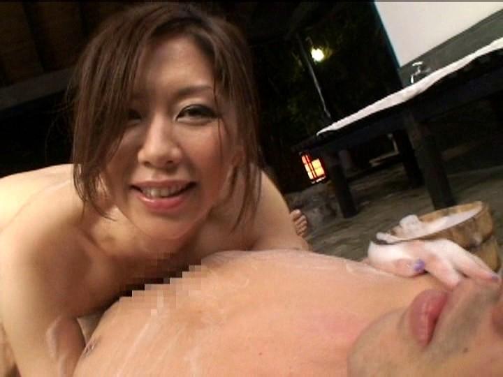 温泉浣腸旅行 VOL.1 翔田千里 の画像9