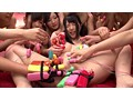 過激な潮吹き祭り!上原亜衣のレズファン感謝祭 ~クレイジースプラッシュVer~ 15