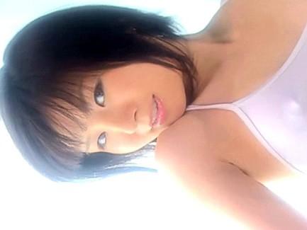 現役女子大生アイドルことりのオナニーのお手伝いしてあげる の画像1