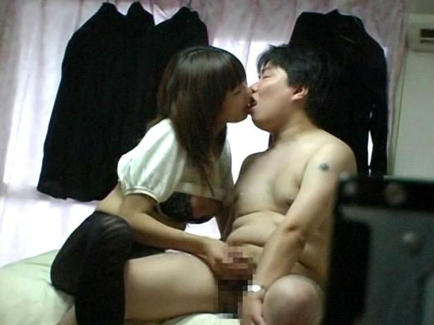 童貞クン初めての手コキ体験 の画像11
