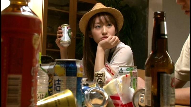 [FSET-277] 起きているのは俺と女友達だけ、周りには酔い潰れた友人たち、さてどうする?