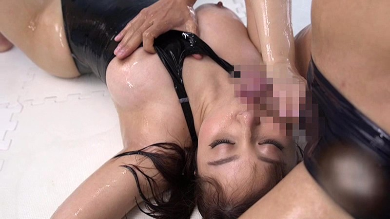 競泳水着の女 小川桃果のサンプル画像4