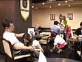 お洒落なカフェで働くギャル店員にギンギンに勃起したチ○ポをさりげなく見せつけ発情させてコッソリSEX!!! 10