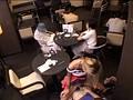 お洒落なカフェで働くギャル店員にギンギンに勃起したチ○ポをさりげなく見せつけ発情させてコッソリSEX!!! 20