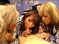 これが渋谷最先端の童貞狩り!! 超ド派手ギャル5人組×ベロチュー手コキ逆ナンパ!! サンプル画像6