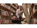[GS-113] 図書館の本棚にエロ本を置き、それを手に取った女子校生の反応を見て楽しんでいたら…なんと過敏に反応し、その場でモジモジ!?さらにボクと目が合うなり息荒く近付いてきて体を擦りつけてきた!そんな声が出せない状況にソソラれて図書館でまさかの合意痴漢プレイ!?