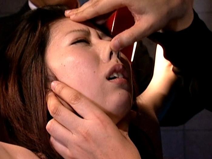 陵辱人妻 性生活研究所 悩み相談に来た人妻を性暴行 の画像3