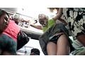 女性専用車輌に乗ってきた清楚で金持ちの若妻は、黒ギャルのムリヤリ羞恥レズ痴○に声も出せず絶頂する 15