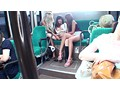 バス通学の色白女子校生を狙う 黒ギャル・ペニバン・イカセレズ サンプル画像11