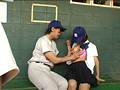 全国大会常連の名門野球部の女子マネージャーは、試合の重要な局面で必ずベンチ裏でそっとヌイてあげ、ナインを万全の状態でグラウンドに送り出していた! 4