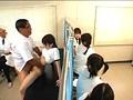 医者の友達に頼み込んで助手に成り済まし学校の保健室でスケベな測定三昧!!おさわりうぶエロ身体測定 6