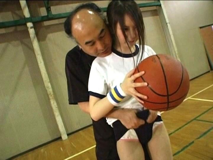 うぶで純情な1年生バスケ部員をいたずら指導 初めてのお泊まり合宿 の画像7