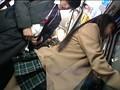 反抗期に差し掛かった名門私立校のお嬢様は、混み合う路線バスでお尻にチ○ポが当たった瞬間、腰を激しく擦り付けヤリまくっている! 20
