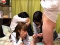 同じ団地の1つ年上のちょっとおませな幼なじみと、その友達が保健体育で習ったコンドームの付け方を、童貞のボクのチンコでムリヤリ練習してくる…。 5