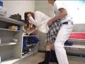 部員のことを誰よりも真剣に考える女子マネージャーは、下半身の際どい場所でも気にせずマッサージして勃起部員を続出させる罪な女の子。 8
