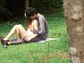 盗み撮り 人妻と青年の青姦不倫 17