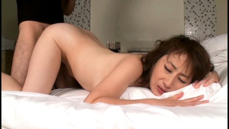 ハメ潮女体育教師 美智子 45歳 の画像16