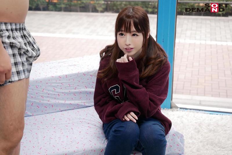 もえちゃん(18)体育大学1年生 マジックミラー号 10代美少女が童貞のフリをした性獣男優に激ピストンされ真正中出し!