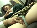 対面座席で脚を絡ませても抵抗しない女子校生はシートに染みがつくほど感じていた 2 サンプル画像 No.4